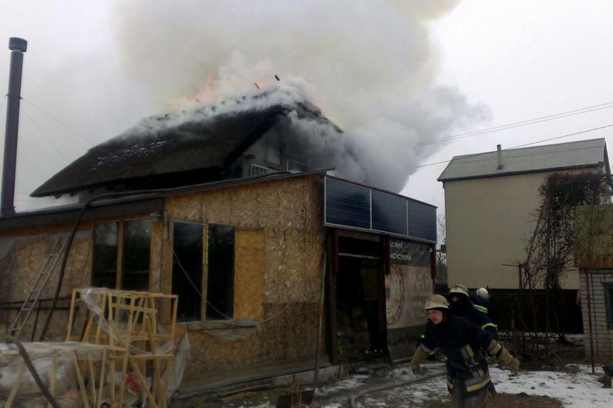 В Днепре горел частный двухэтажный дом (ФОТО), фото-3