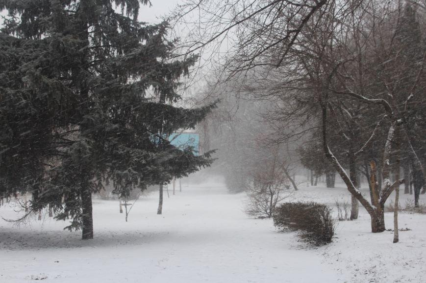 Запорожье заметает снегом, - ФОТОРЕПОРТАЖ, фото-5