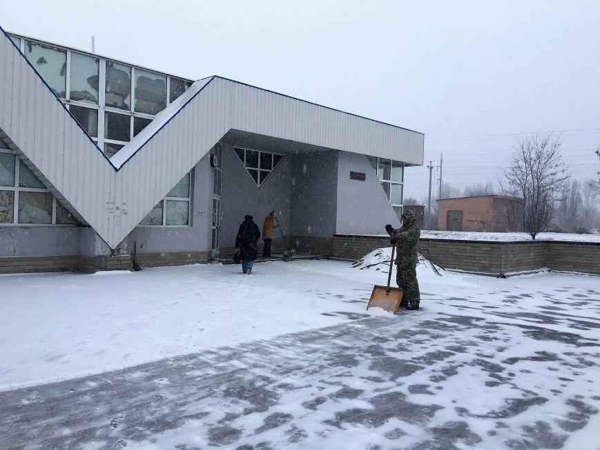 Кривой Рог за несколько часов замело снегом (ФОТО), фото-16