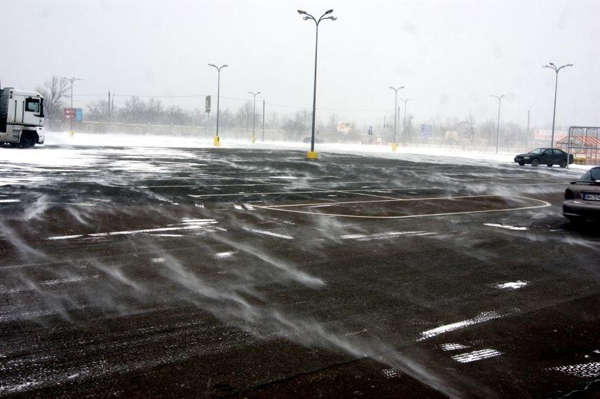 Сказка среди стихии: Снежные вихри в Одессе (ФОТО, ВИДЕО), фото-1