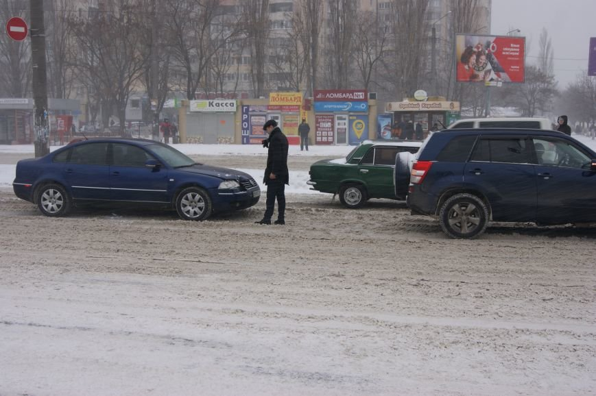 Из-за неубранных дорог в Одессе много аварий (ФОТО), фото-1