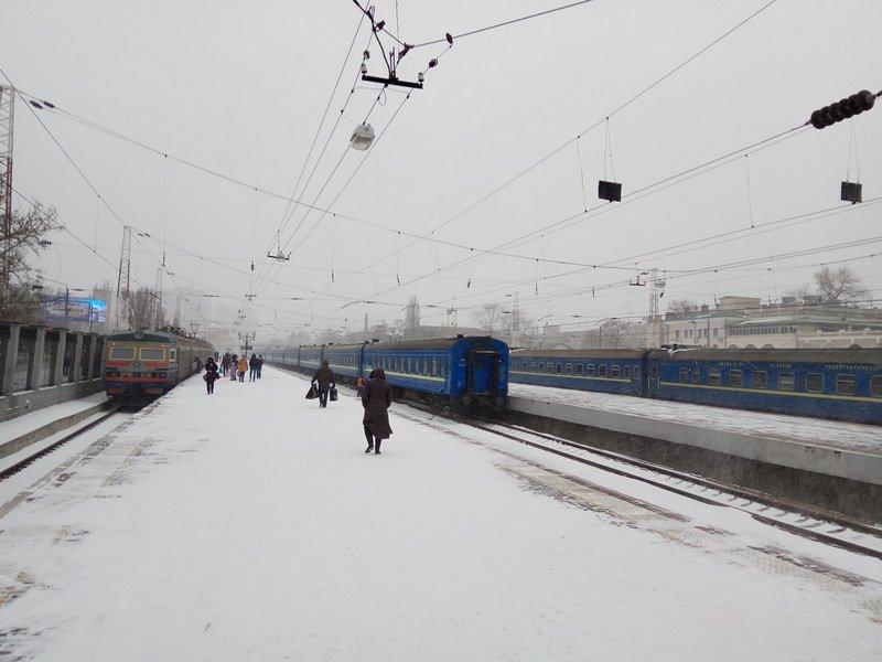 Электрички идут с вокзала Одессы и обратно с опозданием (ВИДЕО, ФОТО), фото-10