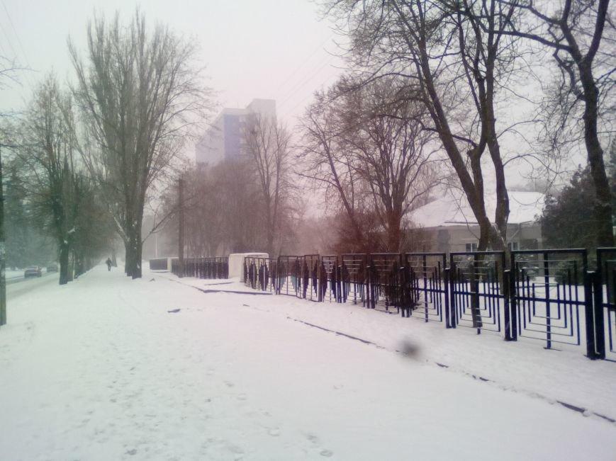 Как выглядит проспект Гагарина в Днепре во время снежного шторма (ФОТОРЕПОРТАЖ), фото-3