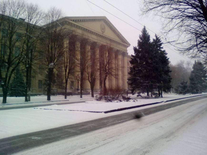 Как выглядит проспект Гагарина в Днепре во время снежного шторма (ФОТОРЕПОРТАЖ), фото-2