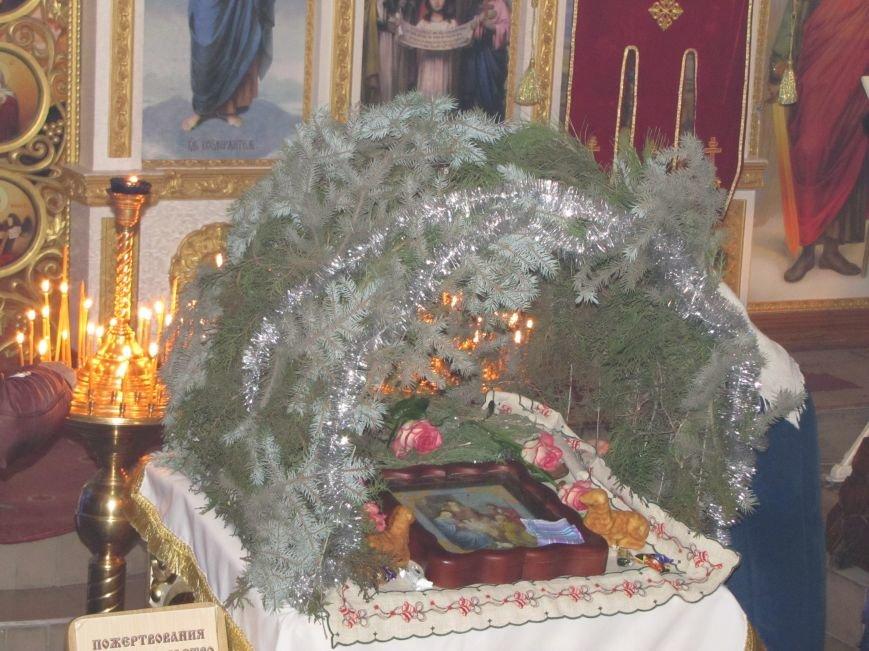 В Мелитополе началась традиционная вечерняя Рождественская служба (фото, видео), фото-15