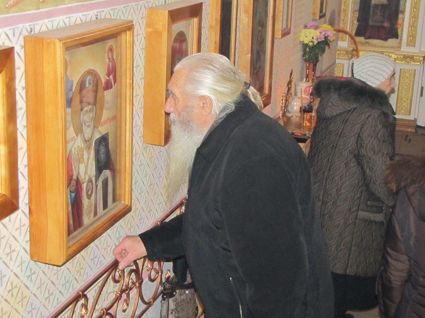 В Мелитополе началась традиционная вечерняя Рождественская служба (фото, видео), фото-5