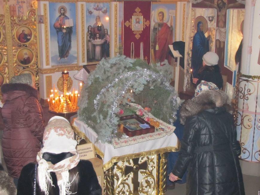 В Мелитополе началась традиционная вечерняя Рождественская служба (фото, видео), фото-16