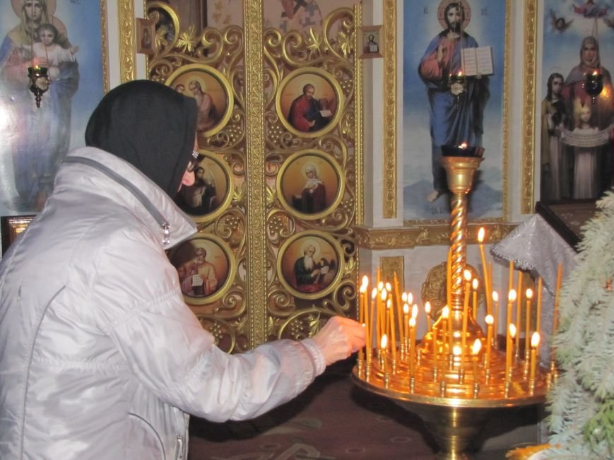 В Мелитополе началась традиционная вечерняя Рождественская служба (фото, видео), фото-8