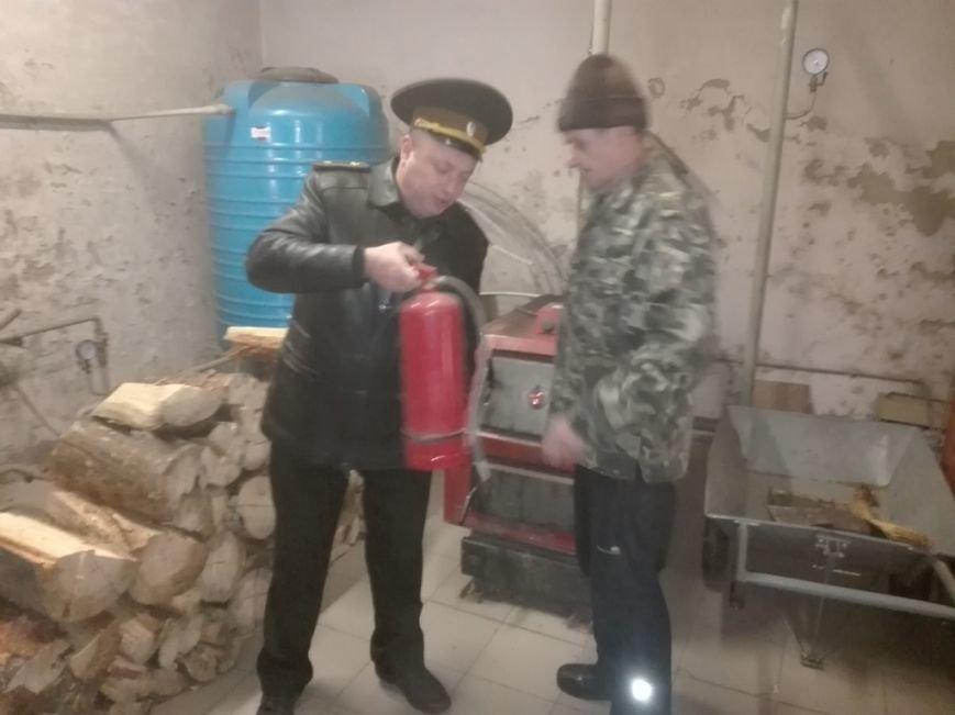 Рятувальники провели профілактичні бесіди з жителями Броварського району(Фото), фото-1