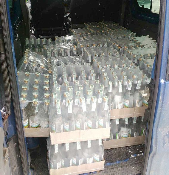 У Чернівцях силовики викрили підпільний алкогольний цех (ФОТО), фото-4