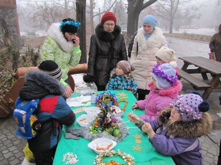 В честь Рождества в парке пели колядки (фото, видео), фото-5