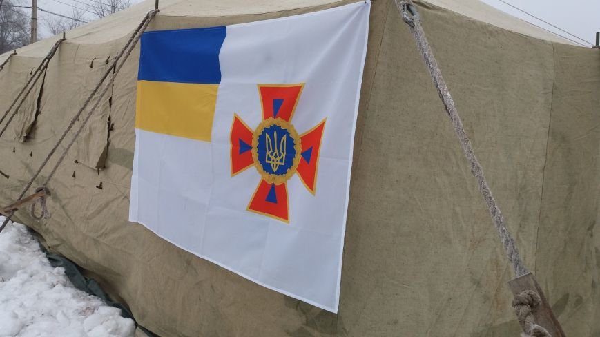 Как выглядит палатка для обогрева у Малого рынка, снаружи и изнутри, - ФОТО, фото-10