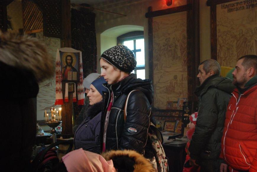 В Бердянске состоялись богослужения на чеcть Рождества (ФОТО), фото-6