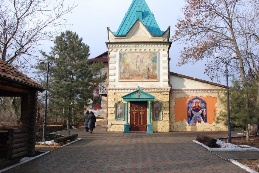 В Бердянске состоялись богослужения на чеcть Рождества (ФОТО), фото-1