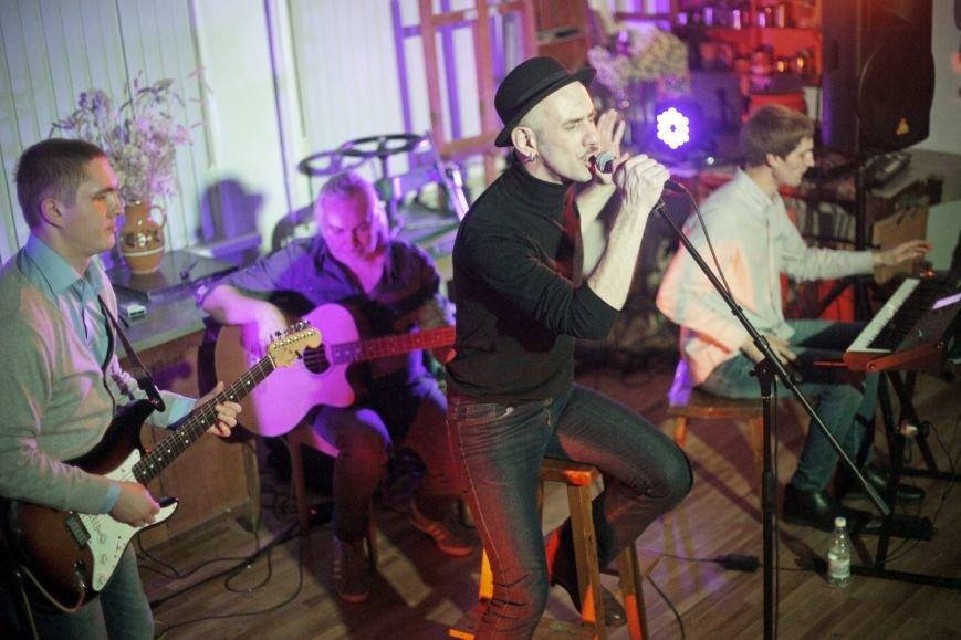 Derevoband и Колегаев сыграли в Белгороде третью рождественскую акустику, фото-1