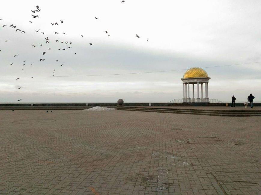 Безлюдный Бердянск: как выглядит курортный город зимой, - ФОТОРЕПОРТАЖ, фото-18