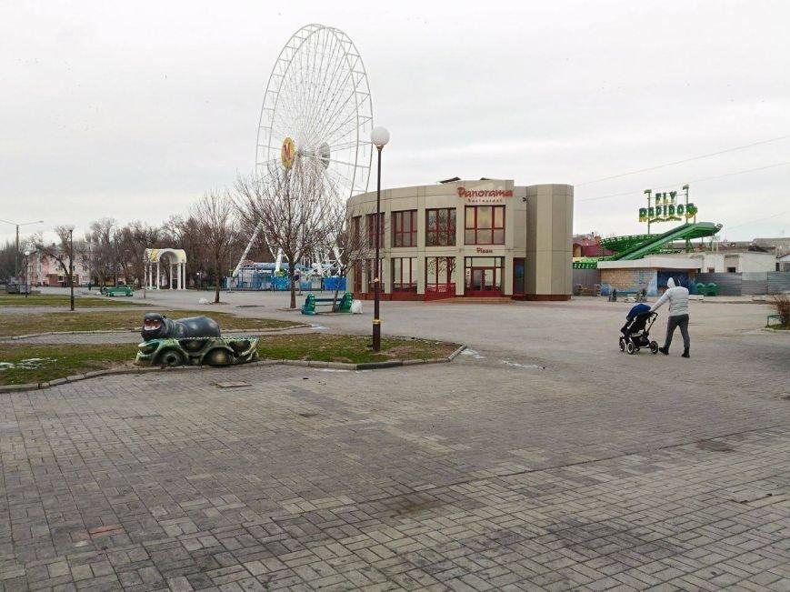 Безлюдный Бердянск: как выглядит курортный город зимой, - ФОТОРЕПОРТАЖ, фото-10