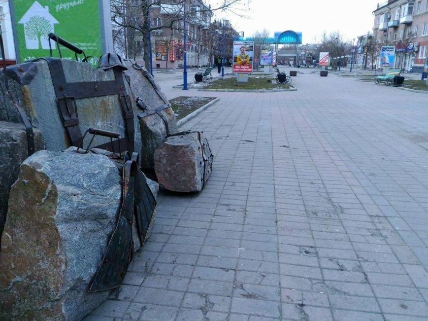 Безлюдный Бердянск: как выглядит курортный город зимой, - ФОТОРЕПОРТАЖ, фото-3