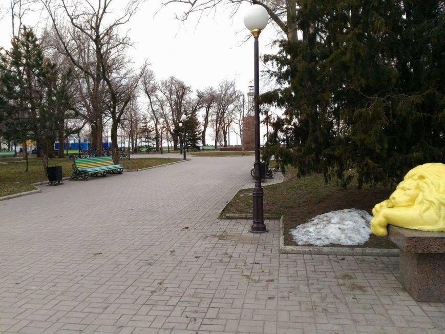 Безлюдный Бердянск: как выглядит курортный город зимой, - ФОТОРЕПОРТАЖ, фото-17