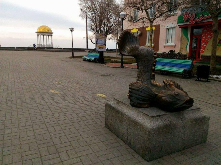 Безлюдный Бердянск: как выглядит курортный город зимой, - ФОТОРЕПОРТАЖ, фото-9