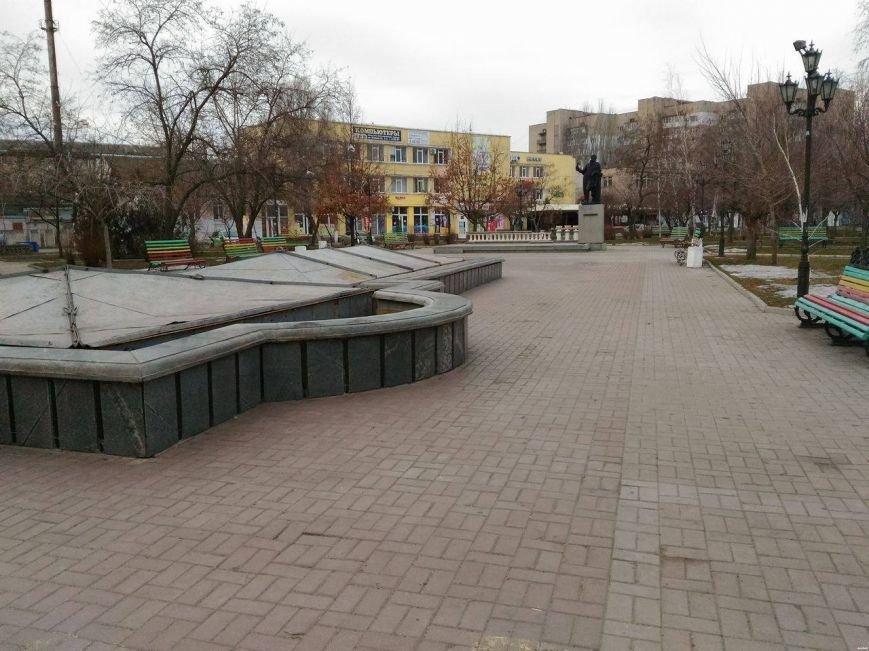 Безлюдный Бердянск: как выглядит курортный город зимой, - ФОТОРЕПОРТАЖ, фото-13