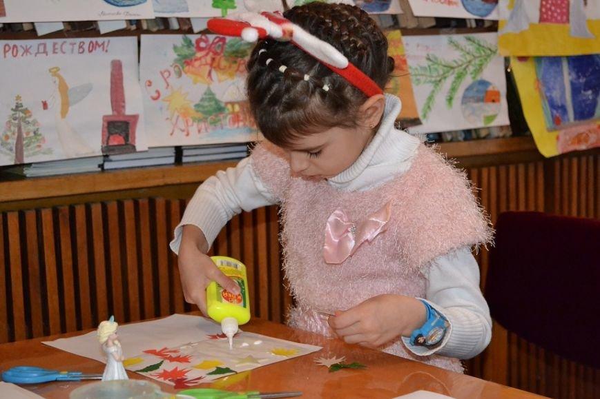 В Гаспринском санатории дети учились делать Рождественские открытки, фото-1