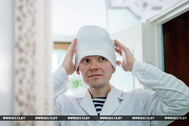 Рабочий день начинается в 8 часов утра и заканчивается в 17. Как проходят будни «альтернативщика» из Новополоцка, фото-2