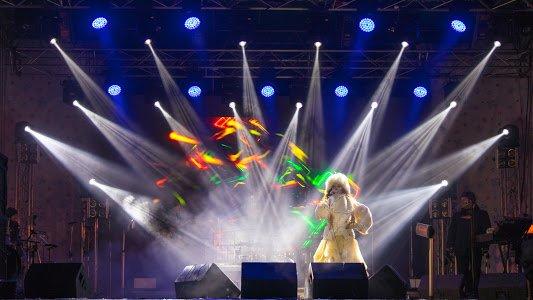 Как на центральной площади Днепра зажигал Олег Скрипка (ФОТО), фото-2