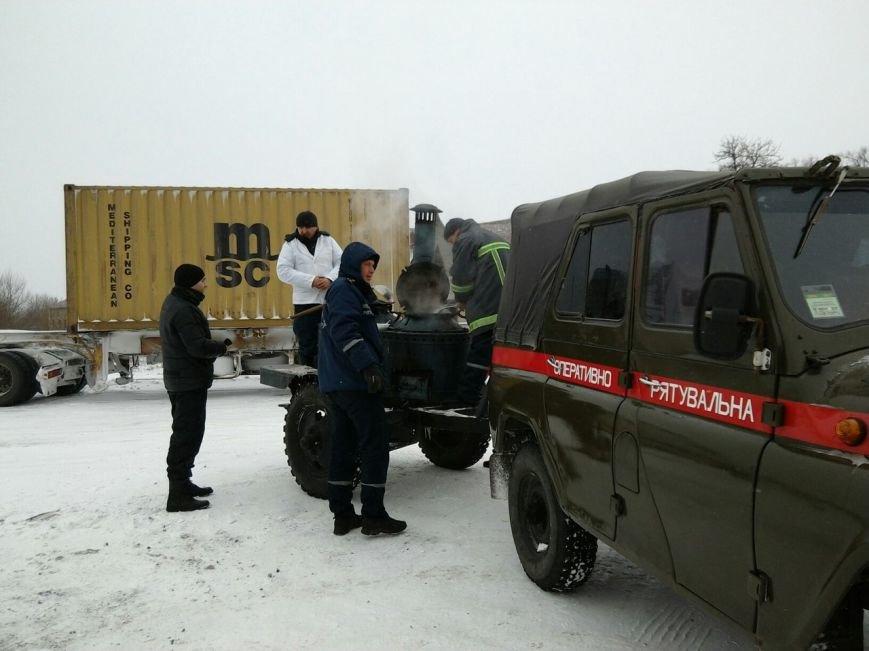 Во время ликвидации последствий снежной бури погиб спасатель, фото-1