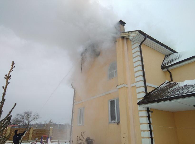 В селі Рожівка Броварського району сталася пожежа, фото-1