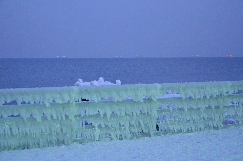 Набережная на одесском пляже стала похожа на ледокол (ФОТО), фото-8