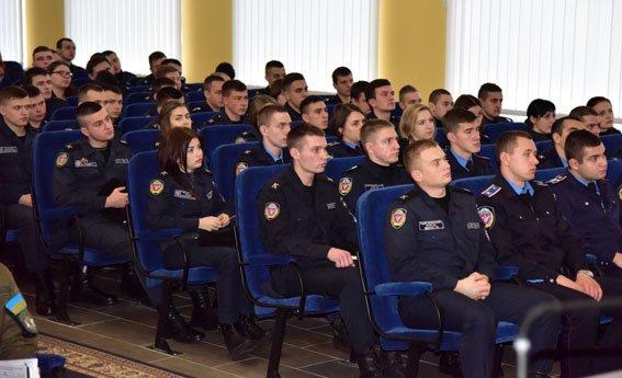 На месяц штат полиции Донетчины пополнился курсантами Харьковского ведомственного вуза МВД, фото-1