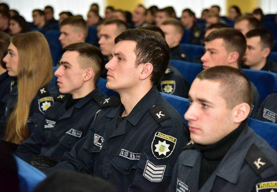 На месяц штат полиции Донетчины пополнился курсантами Харьковского ведомственного вуза МВД, фото-2