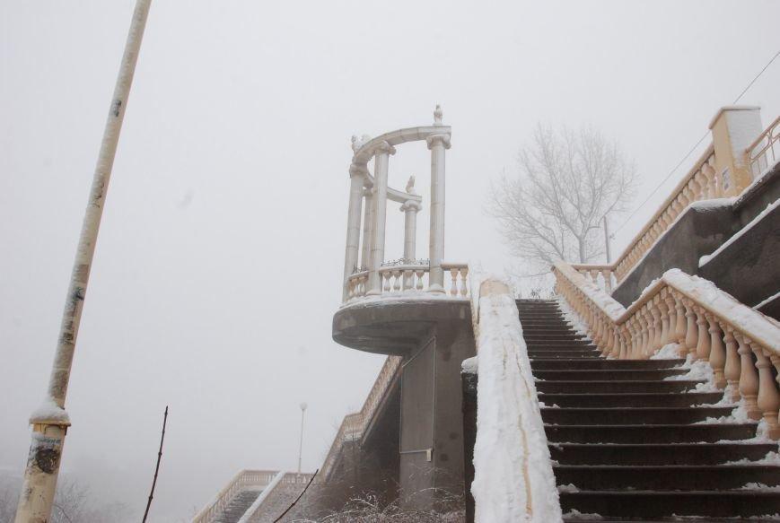 В Бердянске выпал снег (ФОТОРЕПОРТАЖ), фото-2