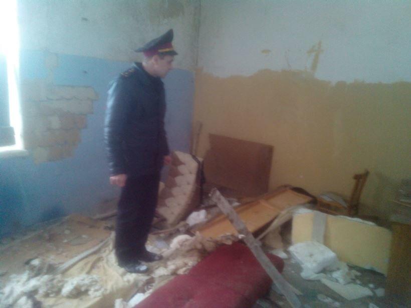 Рятувальники та поліцейські перевірили місця проживання безхатченків на Київщині (Фото), фото-3