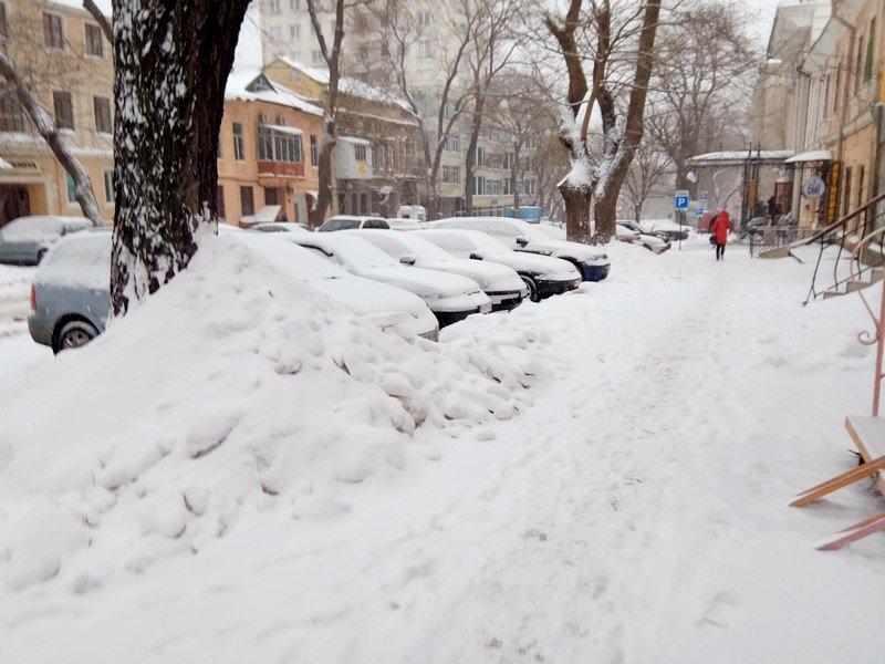 На рассвете Одессу стало заметать снегом сильнее (ФОТО), фото-4