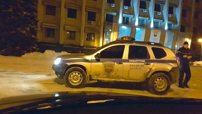 В Одессе карабинеры дрифтили на стоянке облгосадминистрации (ВИДЕО), фото-1