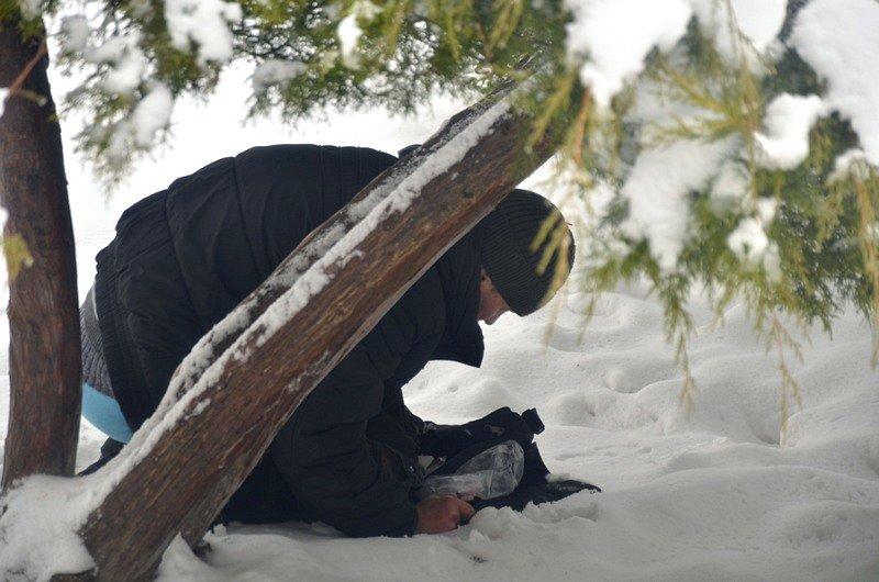 В центральном парке Одессы наркоман ловил кайф в кустах (ФОТО), фото-4