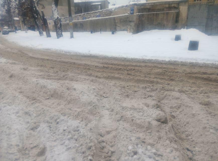 В центре Одессы в снегу застряла скорая (ФОТО), фото-3