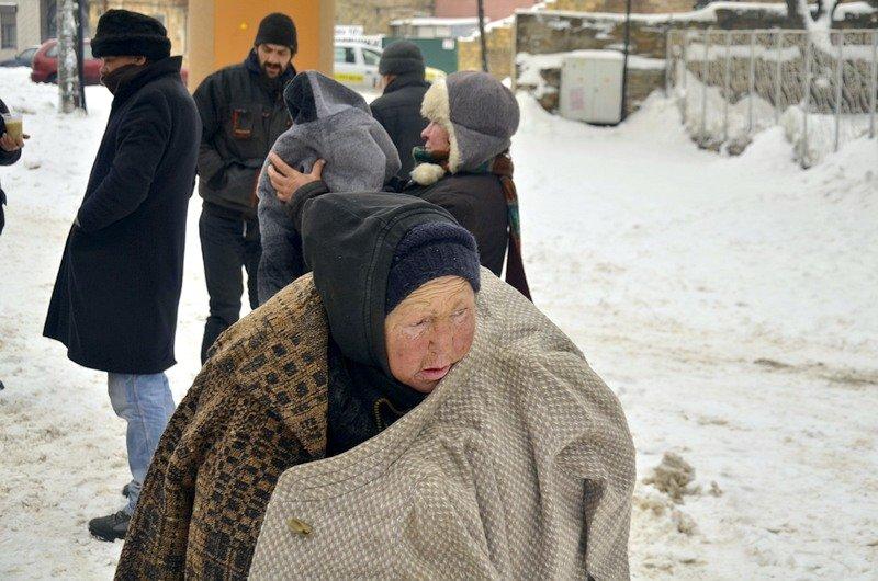 Бездомных Одессы согрели, одели и накормили в парке возле Привоза (ФОТО), фото-16