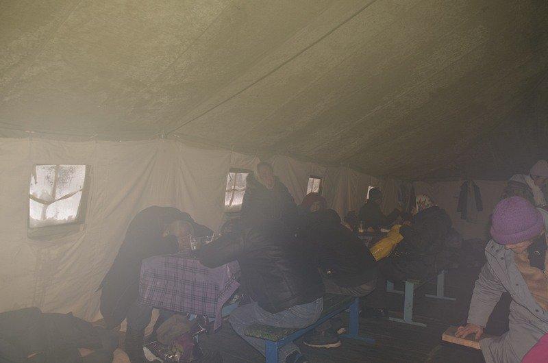 Бездомных Одессы согрели, одели и накормили в парке возле Привоза (ФОТО), фото-4