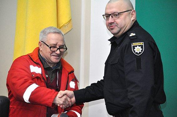 Подробности перестрелки в элитном доме под Днепром от Нацполиции — стрелка задерживали 40 человек (ФОТОРЕПОРТАЖ), фото-4
