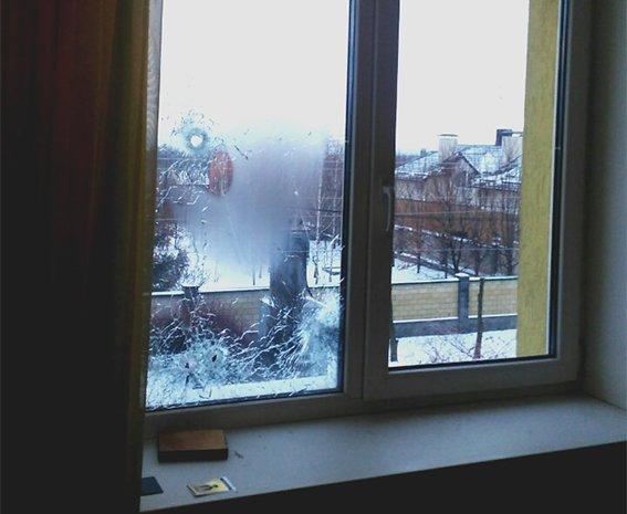 Подробности перестрелки в элитном доме под Днепром от Нацполиции — стрелка задерживали 40 человек (ФОТОРЕПОРТАЖ), фото-1