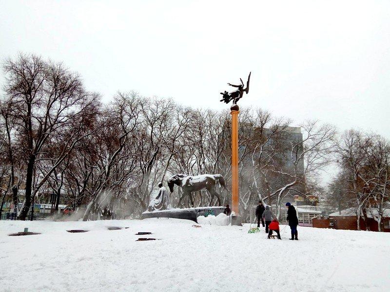 Снег начал таять, Одесса превратится в большой каток (ВИДЕО, ФОТО), фото-6