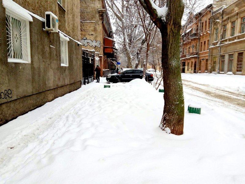 Снег начал таять, Одесса превратится в большой каток (ВИДЕО, ФОТО), фото-1