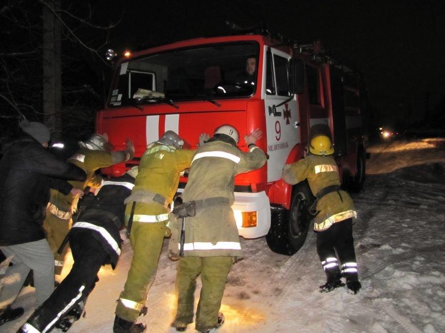 Взрыв в Мелитополе: дом разрушен, а 19-летний парень с ожогами в больнице (фото), фото-13