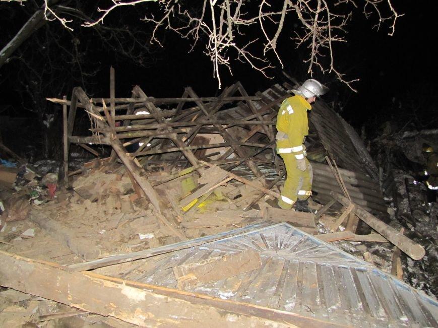 Взрыв в Мелитополе: дом разрушен, а 19-летний парень с ожогами в больнице (фото), фото-4