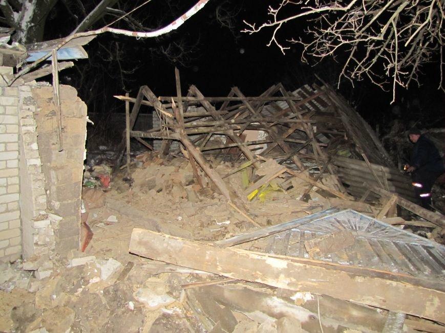 Взрыв в Мелитополе: дом разрушен, а 19-летний парень с ожогами в больнице (фото), фото-7