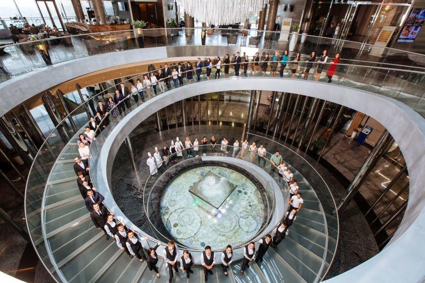 Сегодня крупнейший отель Ялтинского региона проводит День семьи для своих сотрудников, фото-1