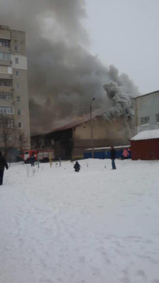 В Сумах горит здание тренажерного зала «В-tone» (ФОТОФАКТ), фото-3